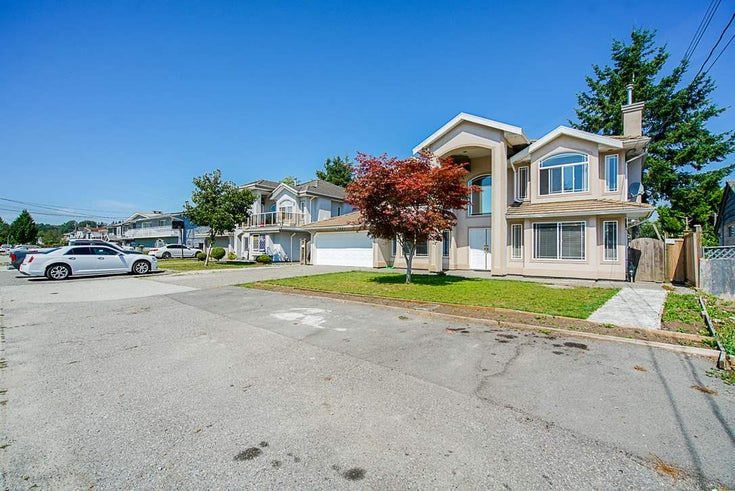 12551 90 AVENUE - Queen Mary Park Surrey House/Single Family for sale, 8 Bedrooms (R2501402)