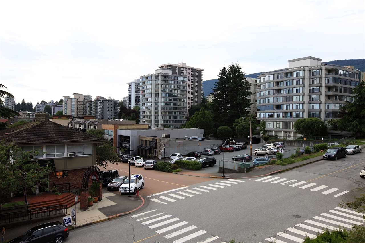 302 460 14TH STREET - Ambleside Apartment/Condo for sale, 2 Bedrooms (R2501787) - #8