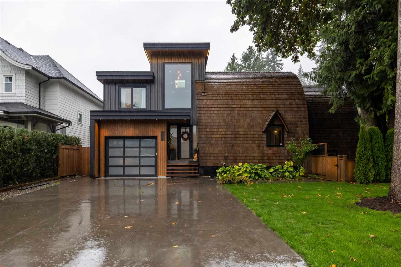 9061 MACKIE STREET - Fort Langley House/Single Family for sale, 7 Bedrooms (R2501829) - #1