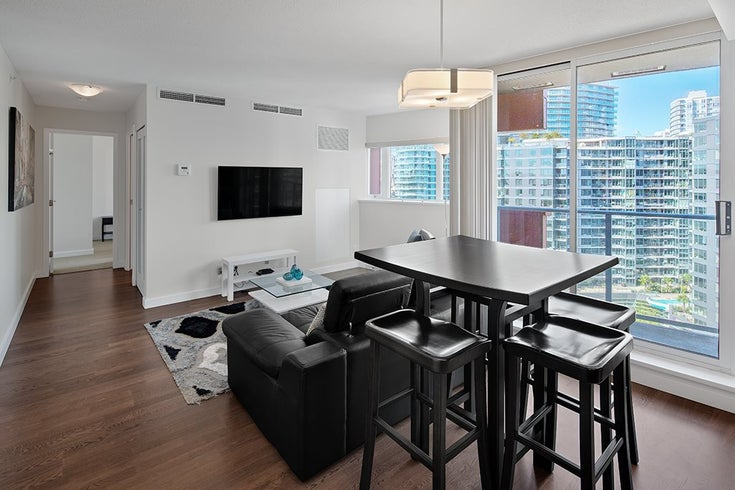 1801 918 COOPERAGE WAY - Yaletown Apartment/Condo for sale, 1 Bedroom (R2502607)