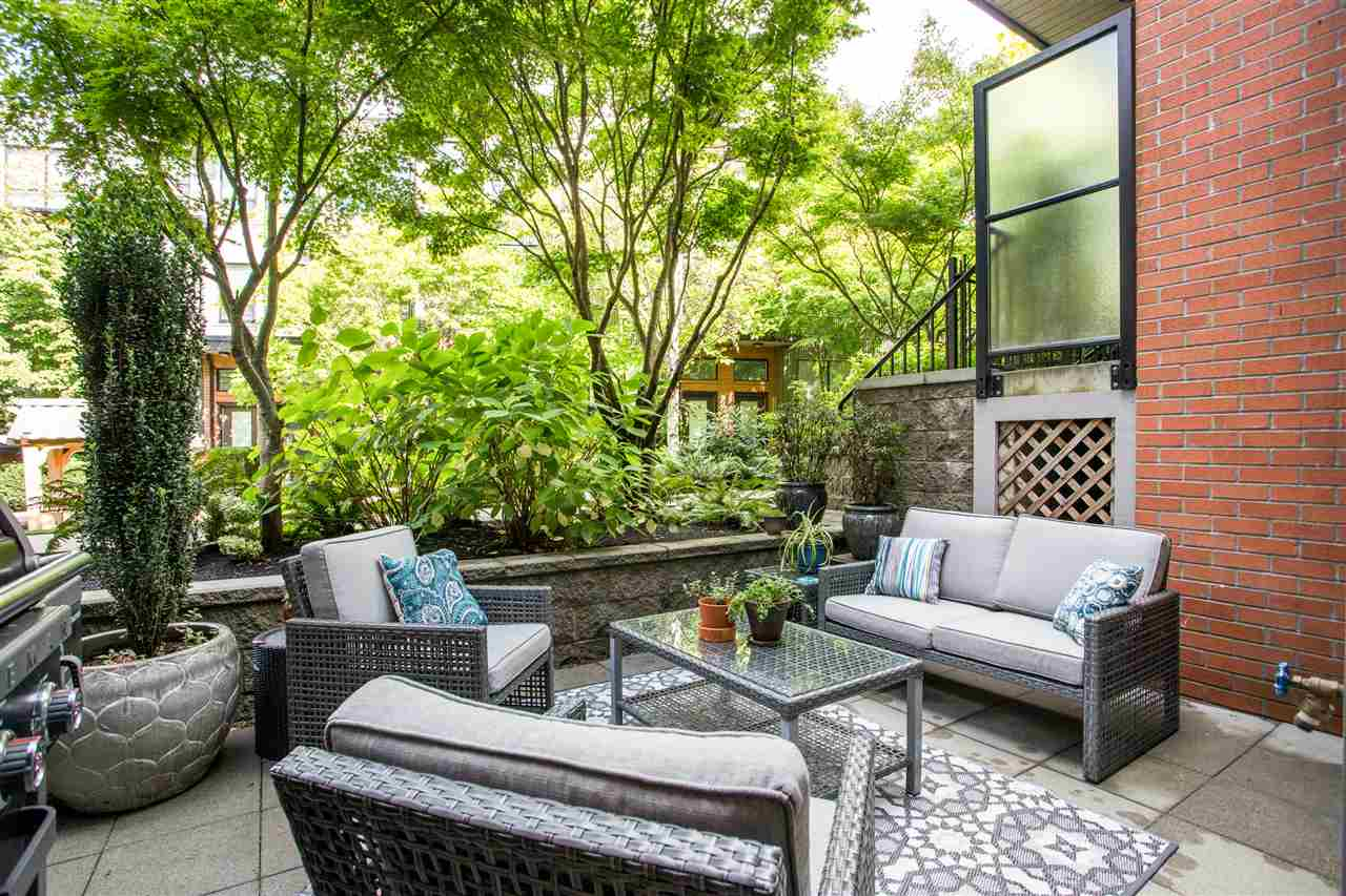 1871 STAINSBURY AVENUE - Victoria VE Townhouse for sale, 2 Bedrooms (R2502664)