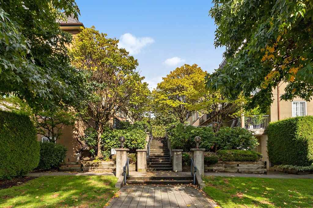 35 1561 BOOTH AVENUE - Maillardville Townhouse for sale, 2 Bedrooms (R2502848)