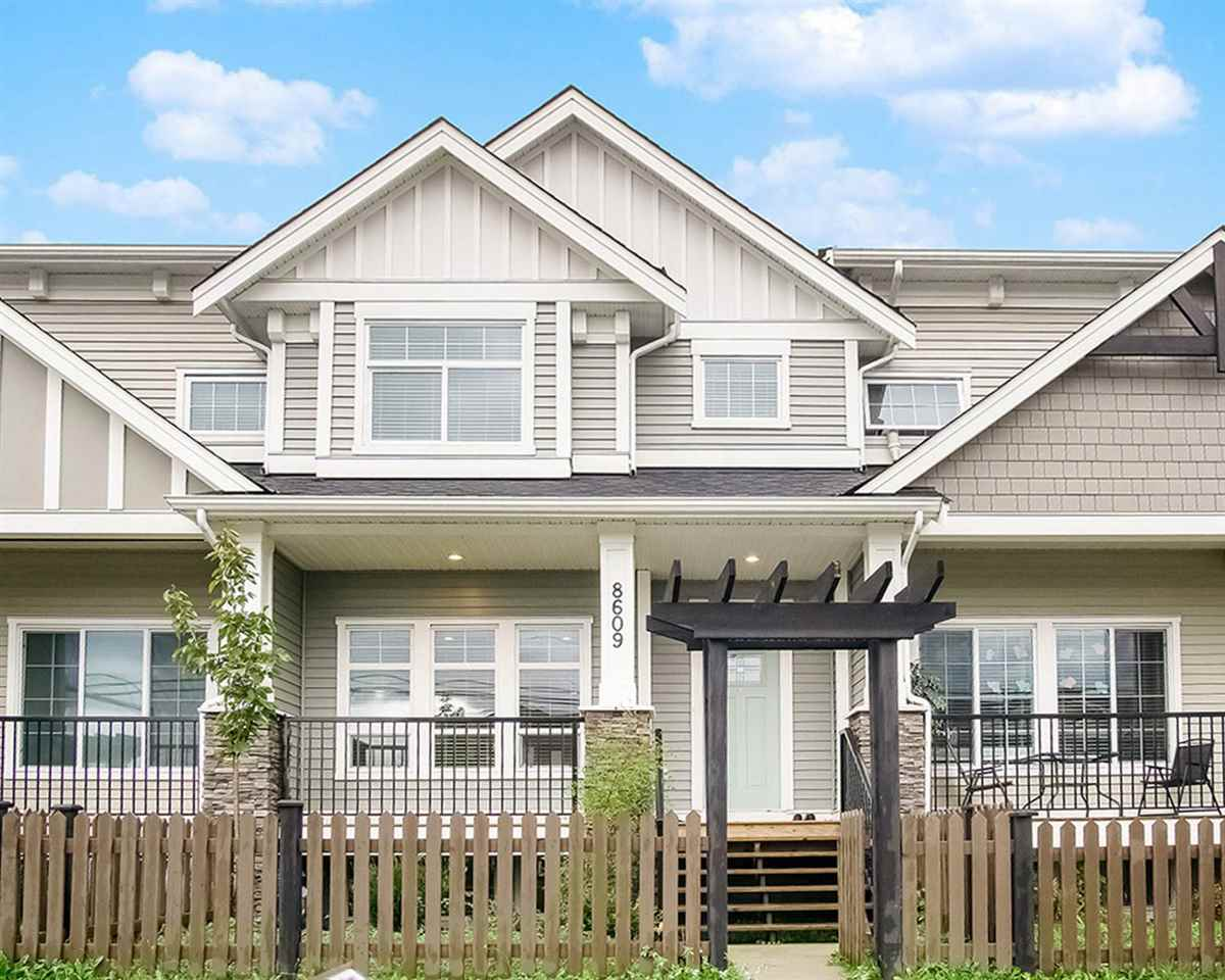 8609 CEDAR STREET - Mission BC Row House (Non-Strata) for sale, 5 Bedrooms (R2502855) - #1