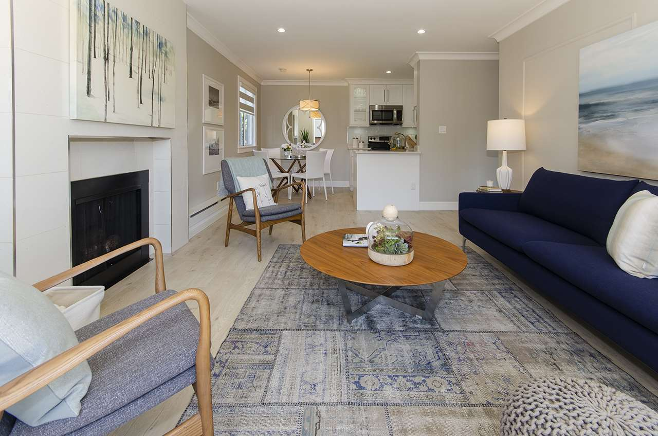 110 341 W 3RD STREET - Lower Lonsdale Apartment/Condo for sale, 2 Bedrooms (R2503089)