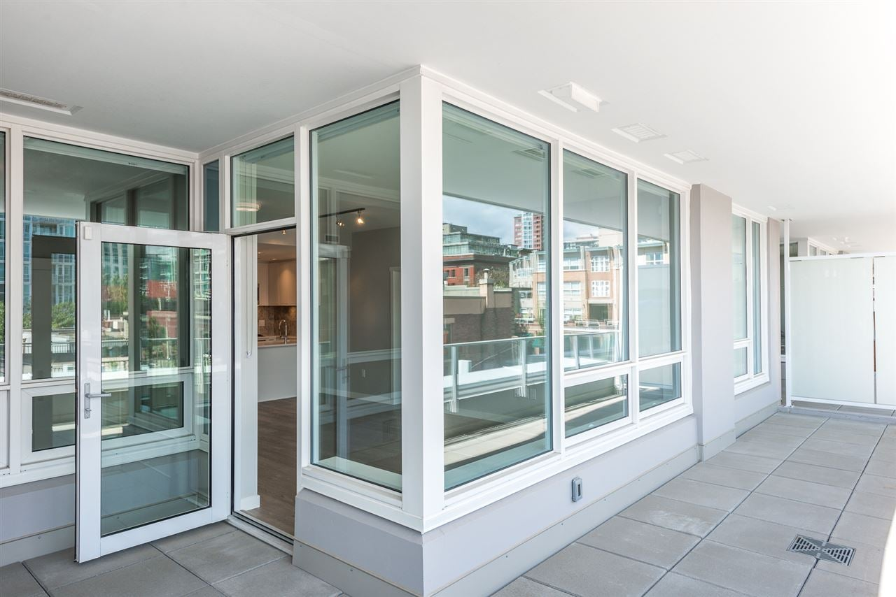 310 118 CARRIE CATES COURT - Lower Lonsdale Apartment/Condo for sale, 2 Bedrooms (R2503151) - #1