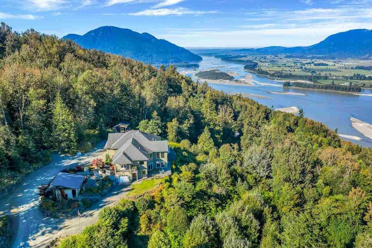 43380 HONEYSUCKLE DRIVE - Chilliwack Mountain House with Acreage for sale, 5 Bedrooms (R2503671)