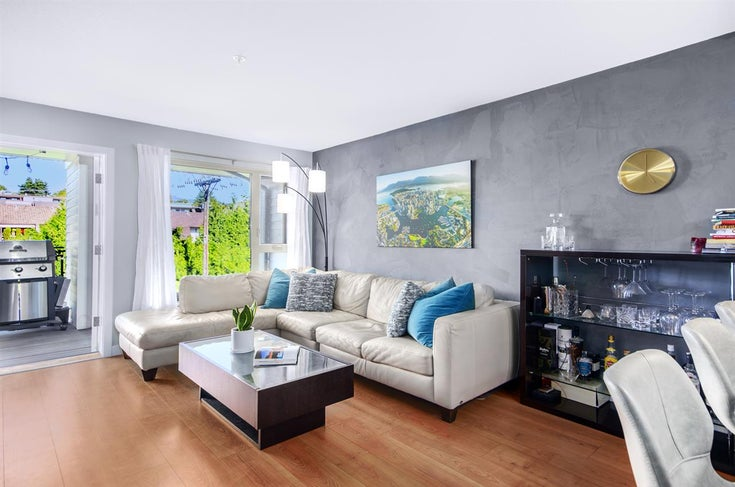 407 221 E 3RD STREET - Lower Lonsdale Apartment/Condo for sale, 2 Bedrooms (R2503795)