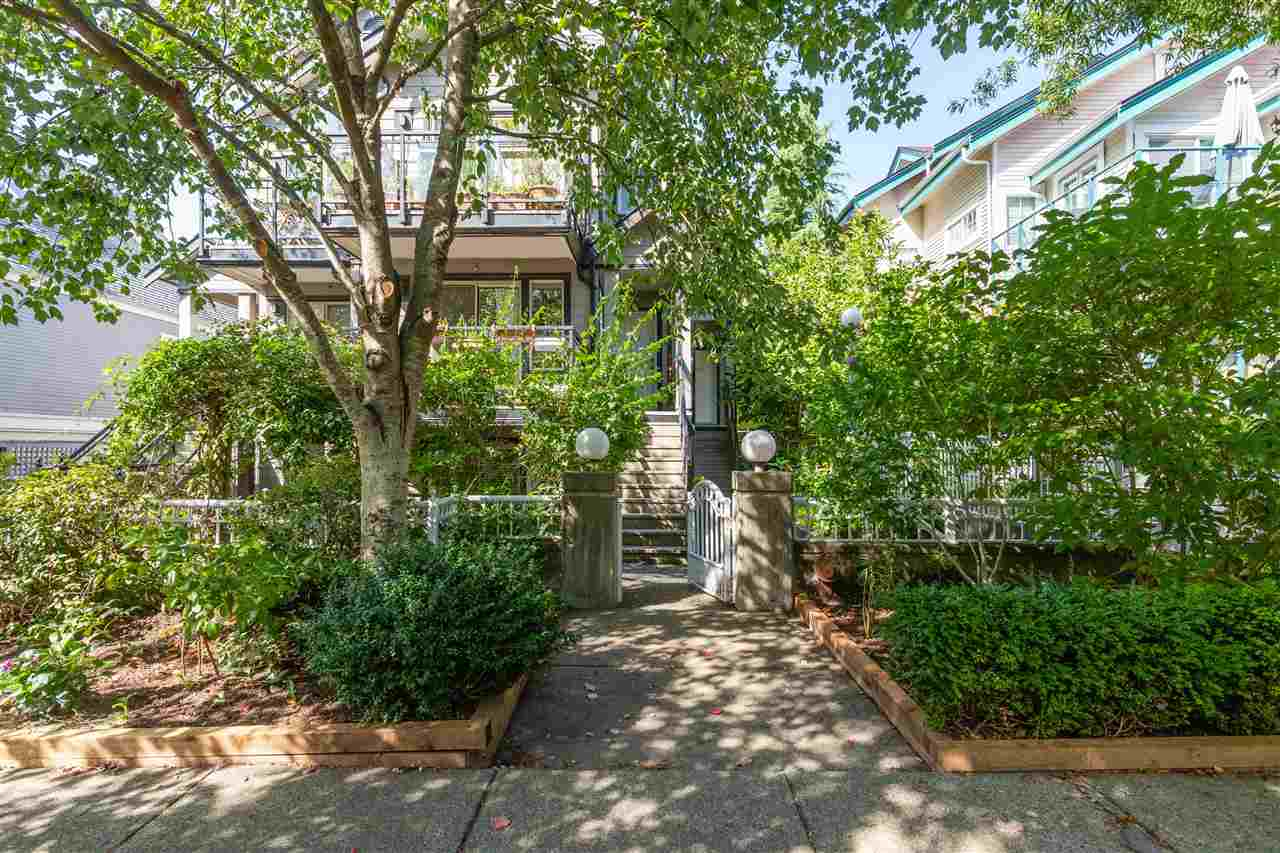 203 755 W 15TH AVENUE - Fairview VW Townhouse for sale, 1 Bedroom (R2504075)