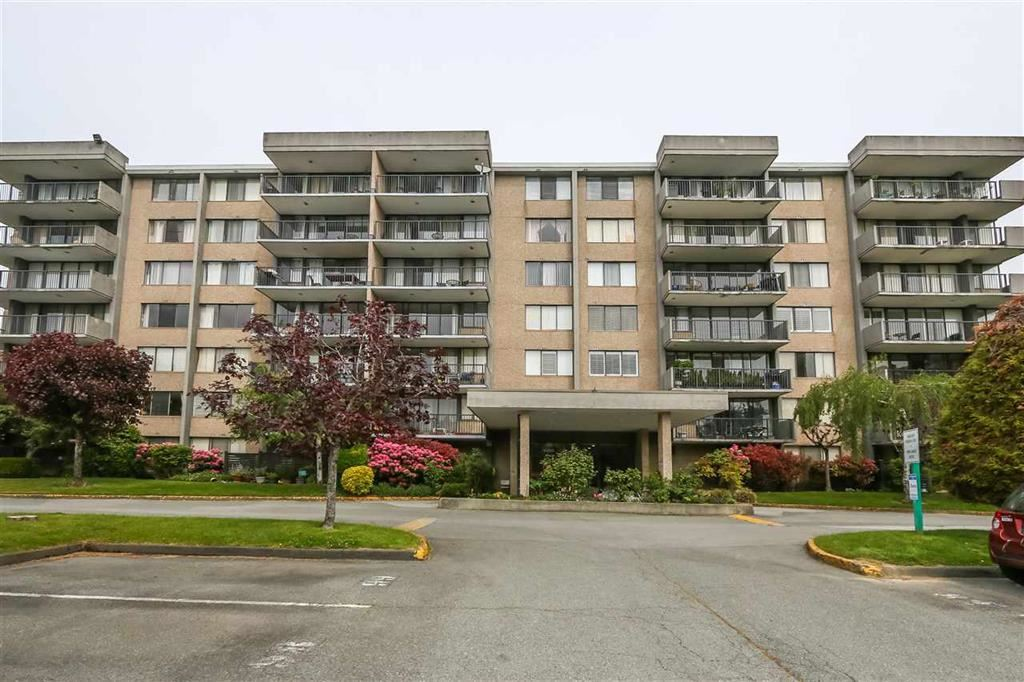 703 9300 PARKSVILLE DRIVE - Boyd Park Apartment/Condo for sale, 2 Bedrooms (R2504823)