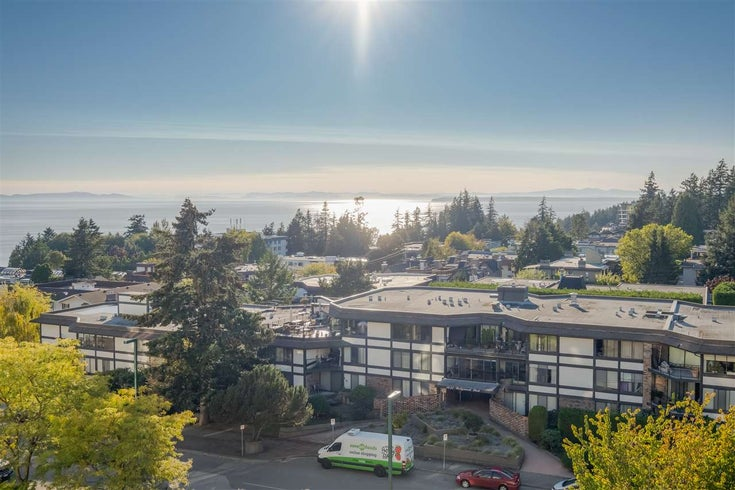 703 1442 FOSTER STREET - White Rock Apartment/Condo for sale, 2 Bedrooms (R2504967)