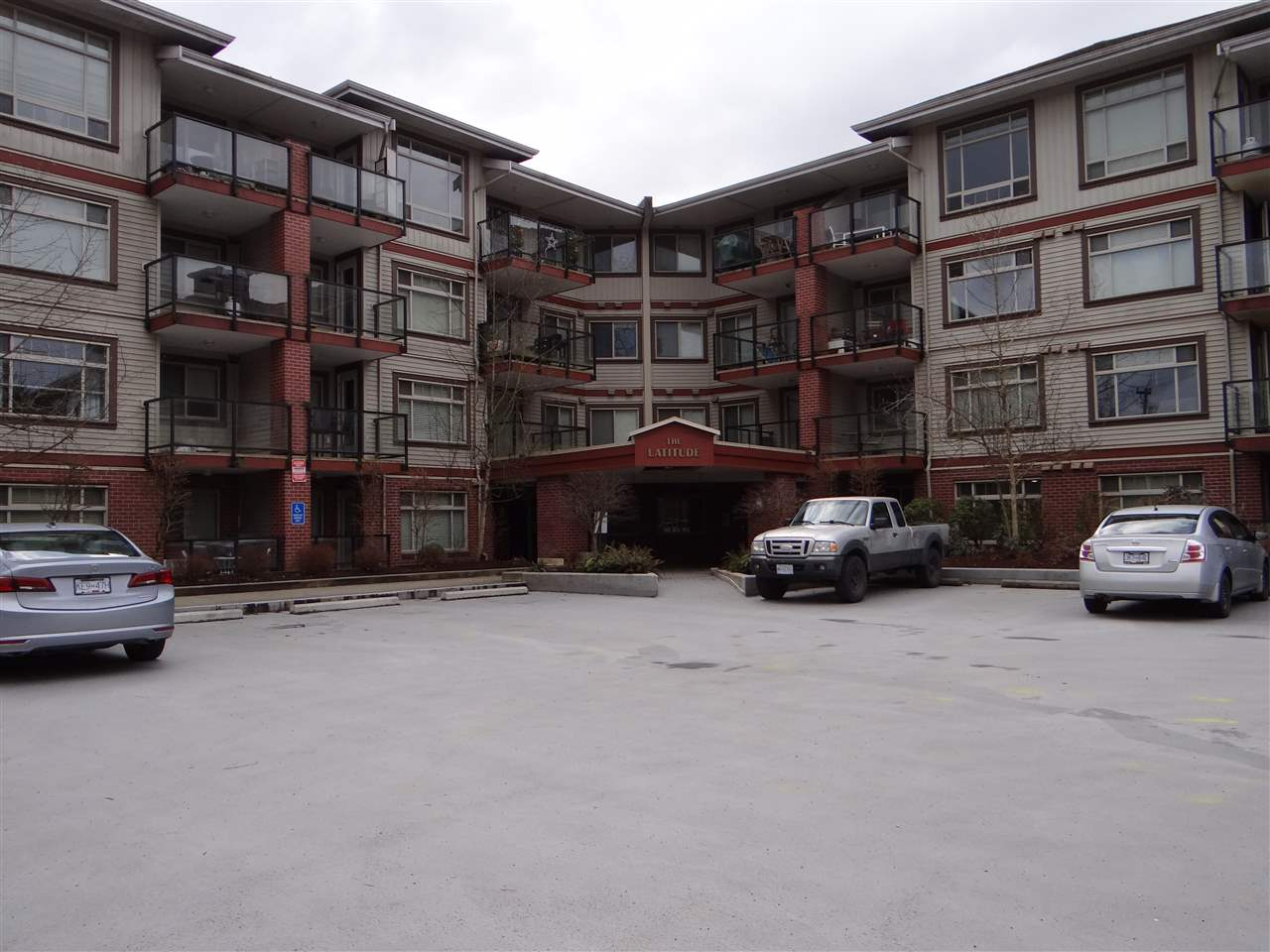 331 2233 MCKENZIE ROAD - Central Abbotsford Apartment/Condo for sale, 2 Bedrooms (R2505055) - #1
