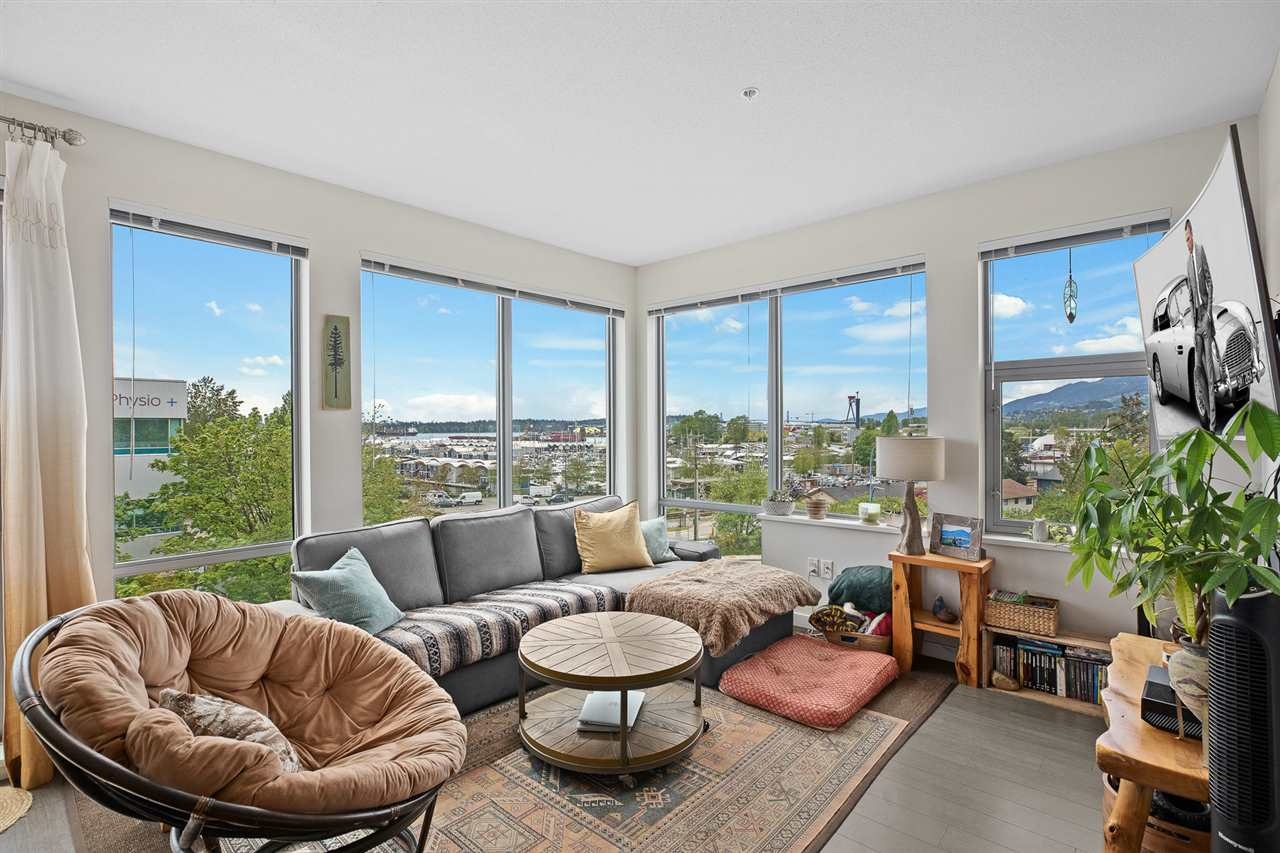 207 277 W 1ST STREET - Lower Lonsdale Apartment/Condo for sale, 2 Bedrooms (R2505350) - #1