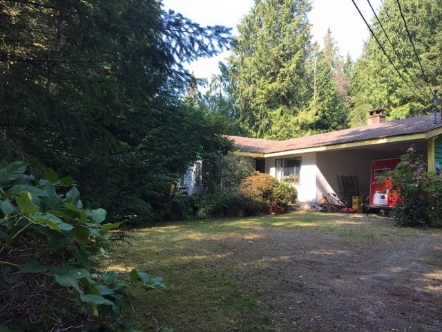 5082 CHAPMAN ROAD - Sechelt District House with Acreage for sale, 3 Bedrooms (R2505595)