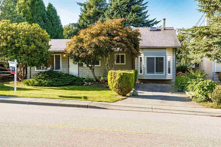 15835 RUSSELL AVENUE - White Rock House/Single Family for sale, 2 Bedrooms (R2505821)