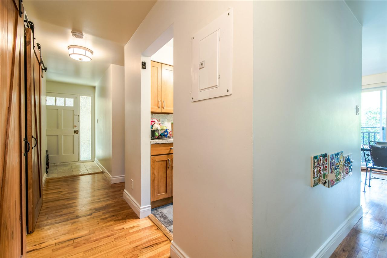 503 555 W 28TH STREET - Upper Lonsdale Apartment/Condo for sale, 2 Bedrooms (R2505885) - #4