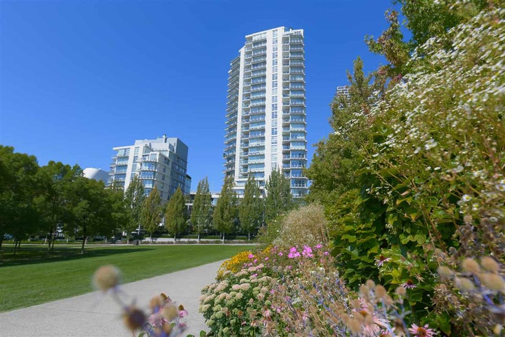 306 638 BEACH CRESCENT - Yaletown Apartment/Condo for sale, 1 Bedroom (R2505889)