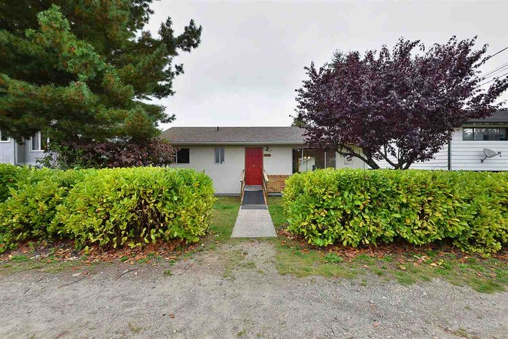 5766 SPINDRIFT STREET - Sechelt District House/Single Family for sale, 2 Bedrooms (R2506148)