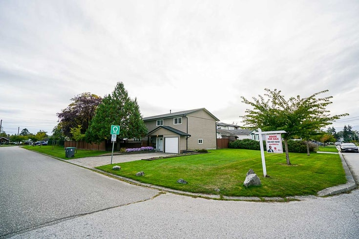 17950 57A AVENUE - Cloverdale BC House/Single Family for sale, 4 Bedrooms (R2506226)