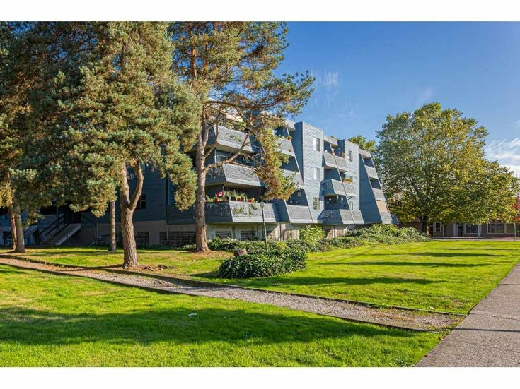 304 17661 58A AVENUE - Cloverdale BC Apartment/Condo for sale, 2 Bedrooms (R2506533)