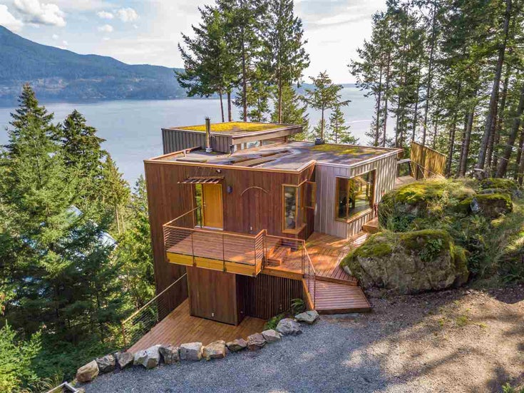 231 HIGHLAND TRAIL - Bowen Island House/Single Family for sale, 3 Bedrooms (R2506552)