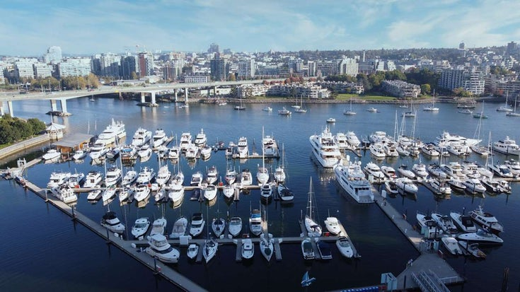 1902 1199 MARINASIDE CRESCENT - Yaletown Apartment/Condo for sale, 2 Bedrooms (R2506862)