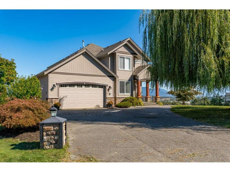 8902 COPPER RIDGE DRIVE - Chilliwack Mountain House with Acreage for sale, 6 Bedrooms (R2506966)