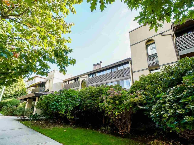 302 141 W 13TH STREET - Central Lonsdale Apartment/Condo for sale, 1 Bedroom (R2507057)
