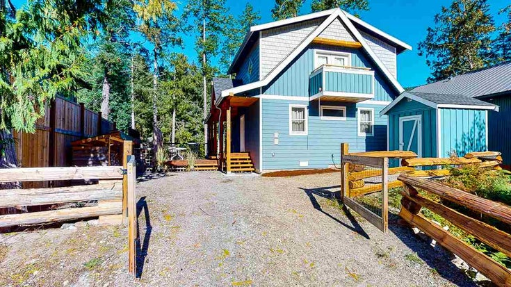 12668 CANOE ROAD - Pender Harbour Egmont House/Single Family for sale, 3 Bedrooms (R2507058)