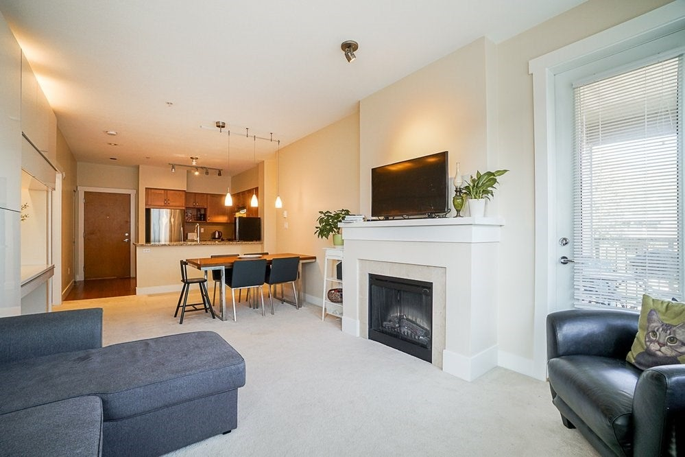 301 1111 E 27TH STREET - Lynn Valley Apartment/Condo for sale, 2 Bedrooms (R2507076) - #20