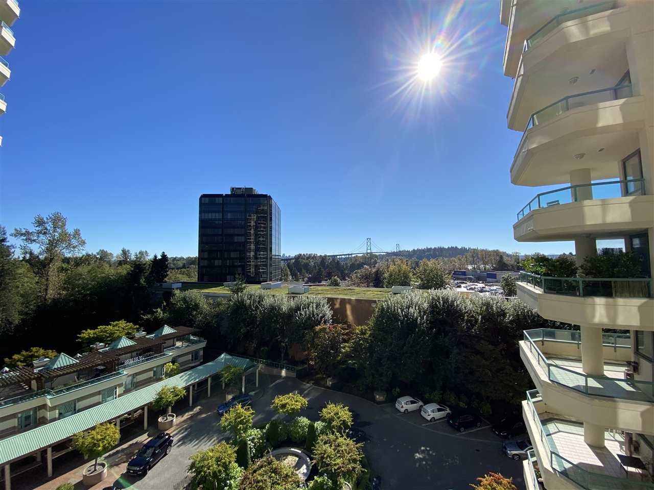 8A 328 TAYLOR WAY - Park Royal Apartment/Condo for sale, 2 Bedrooms (R2507323) - #1