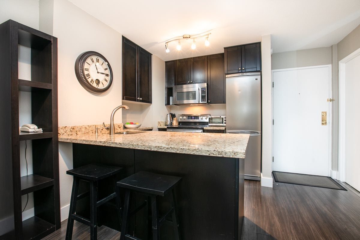 322 1330 BURRARD STREET - Downtown VW Apartment/Condo for sale, 1 Bedroom (R2507566) - #1