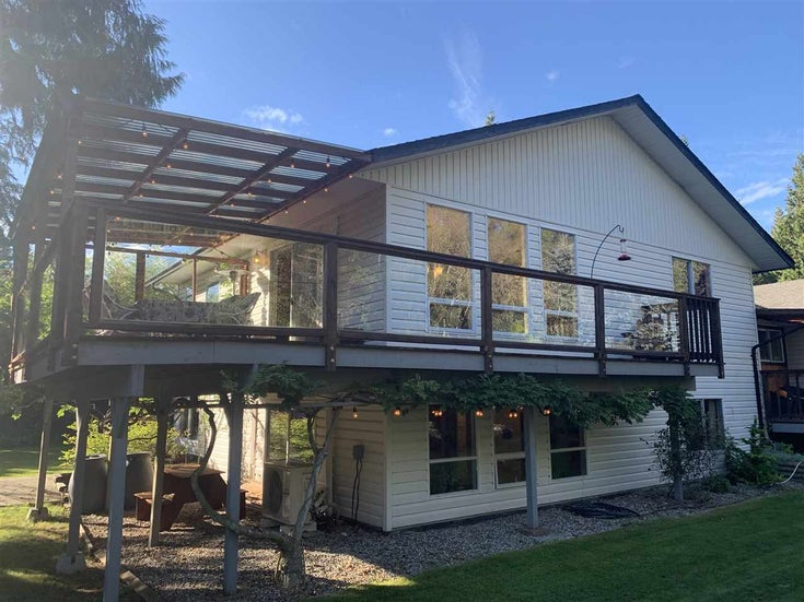 521 HOUGH ROAD - Gibsons & Area House/Single Family for sale, 5 Bedrooms (R2507568)