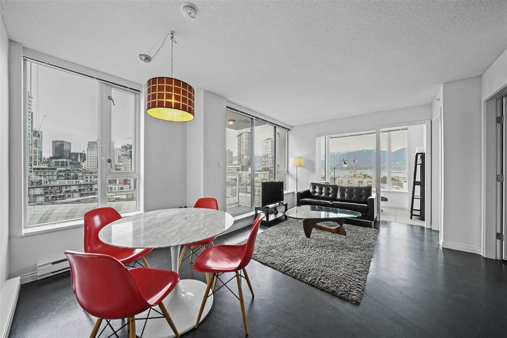 1704 550 TAYLOR STREET - Downtown VW Apartment/Condo for sale, 2 Bedrooms (R2507766)
