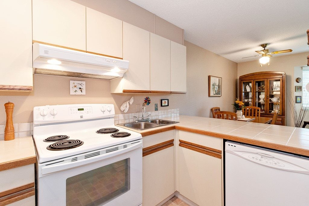 102 333 W 4TH STREET - Lower Lonsdale Apartment/Condo for sale, 2 Bedrooms (R2507877) - #10