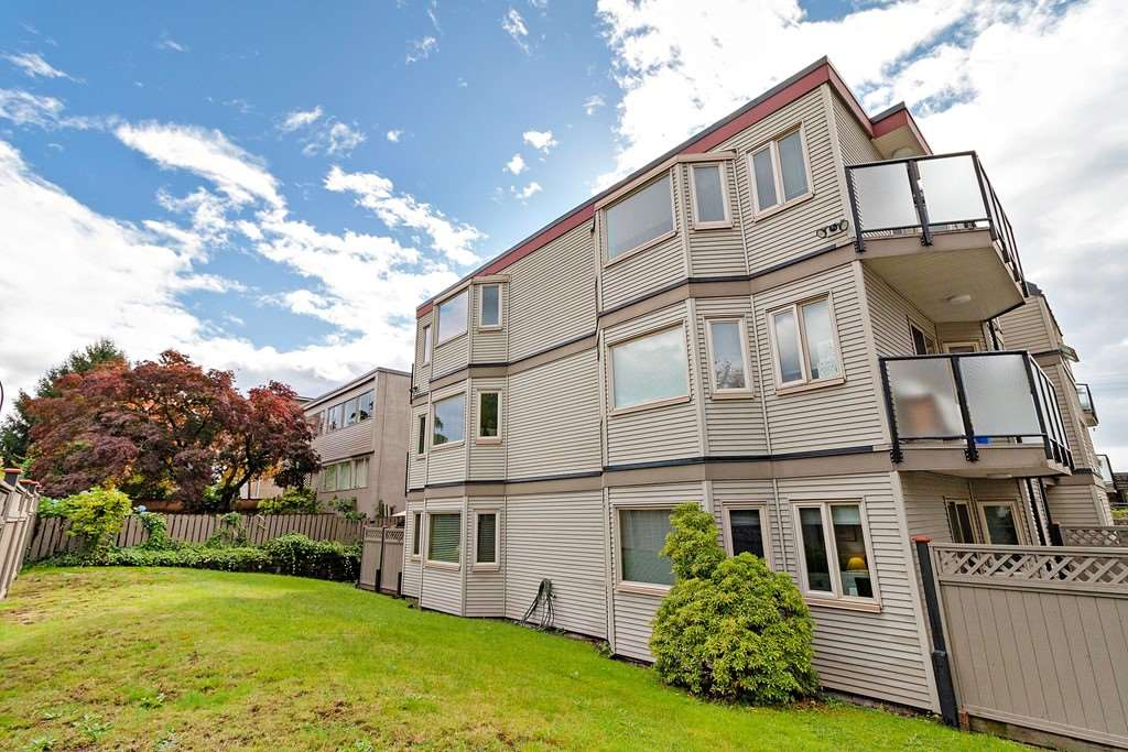 102 333 W 4TH STREET - Lower Lonsdale Apartment/Condo for sale, 2 Bedrooms (R2507877) - #20