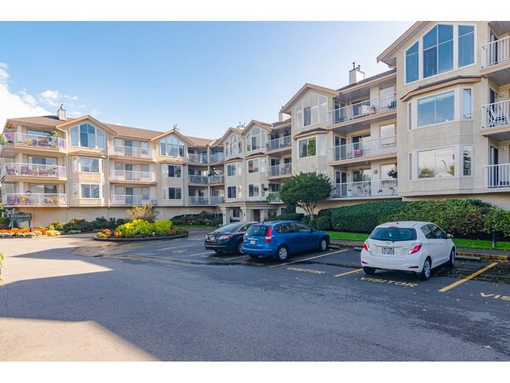 201 20600 53A AVENUE - Langley City Apartment/Condo for sale, 2 Bedrooms (R2508153)