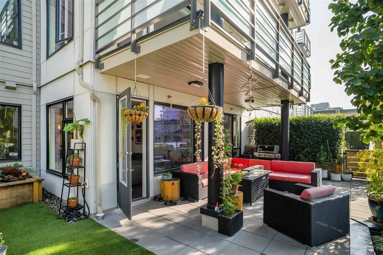 211 123 W 1ST STREET - Lower Lonsdale Apartment/Condo for sale, 2 Bedrooms (R2508192) - #20