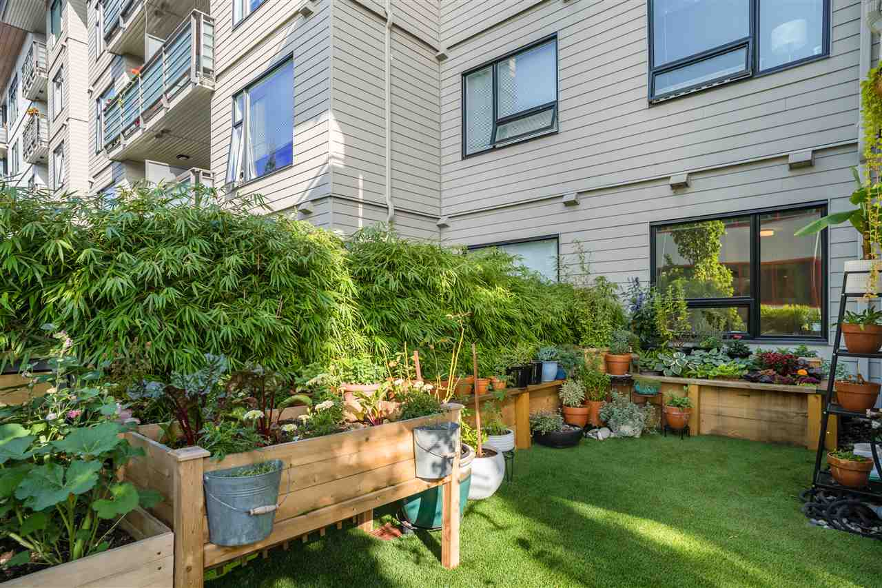 211 123 W 1ST STREET - Lower Lonsdale Apartment/Condo for sale, 2 Bedrooms (R2508192) - #21