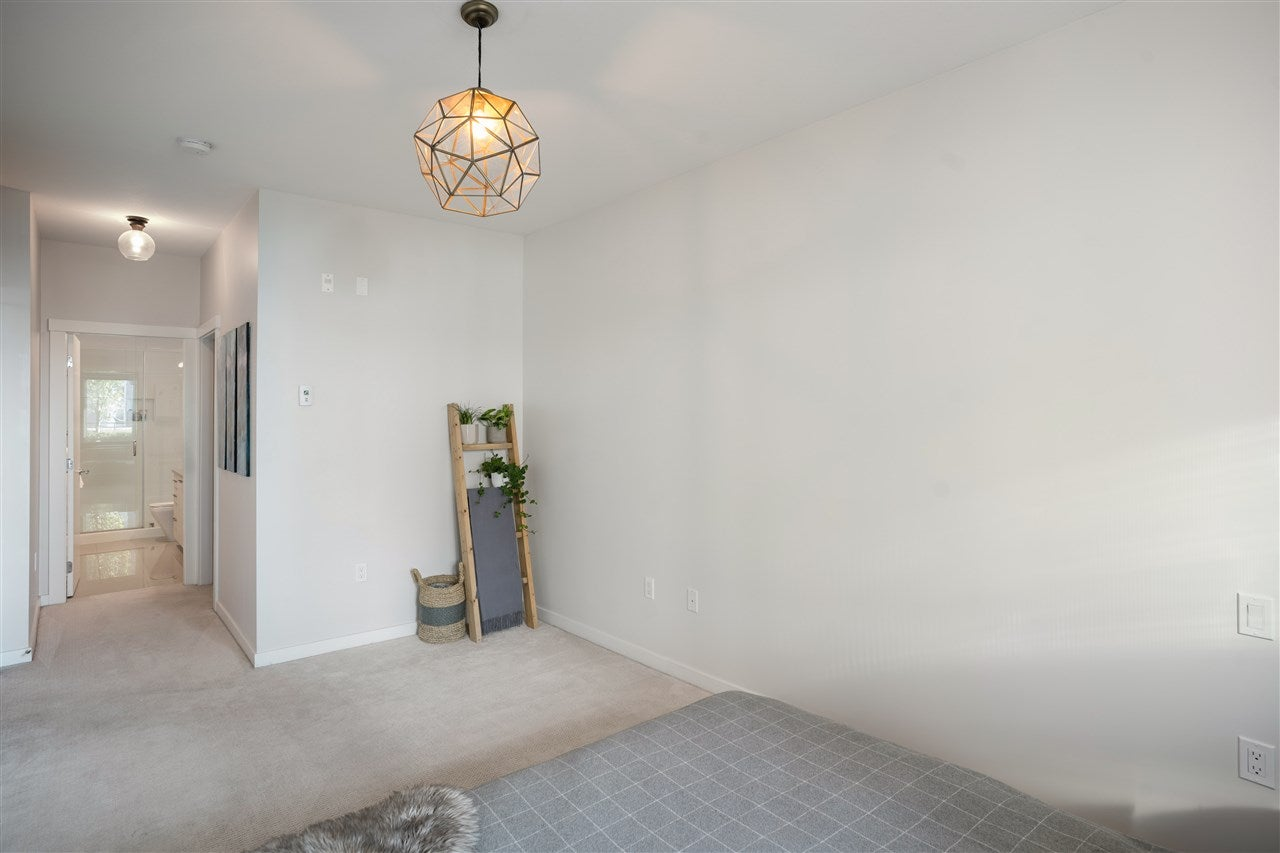 211 123 W 1ST STREET - Lower Lonsdale Apartment/Condo for sale, 2 Bedrooms (R2508192) - #24