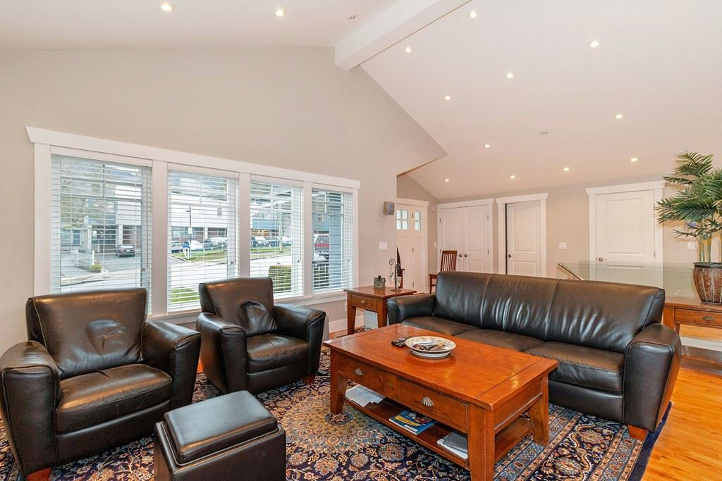 371 W KINGS ROAD - Upper Lonsdale House/Single Family for sale, 4 Bedrooms (R2508236) - #6