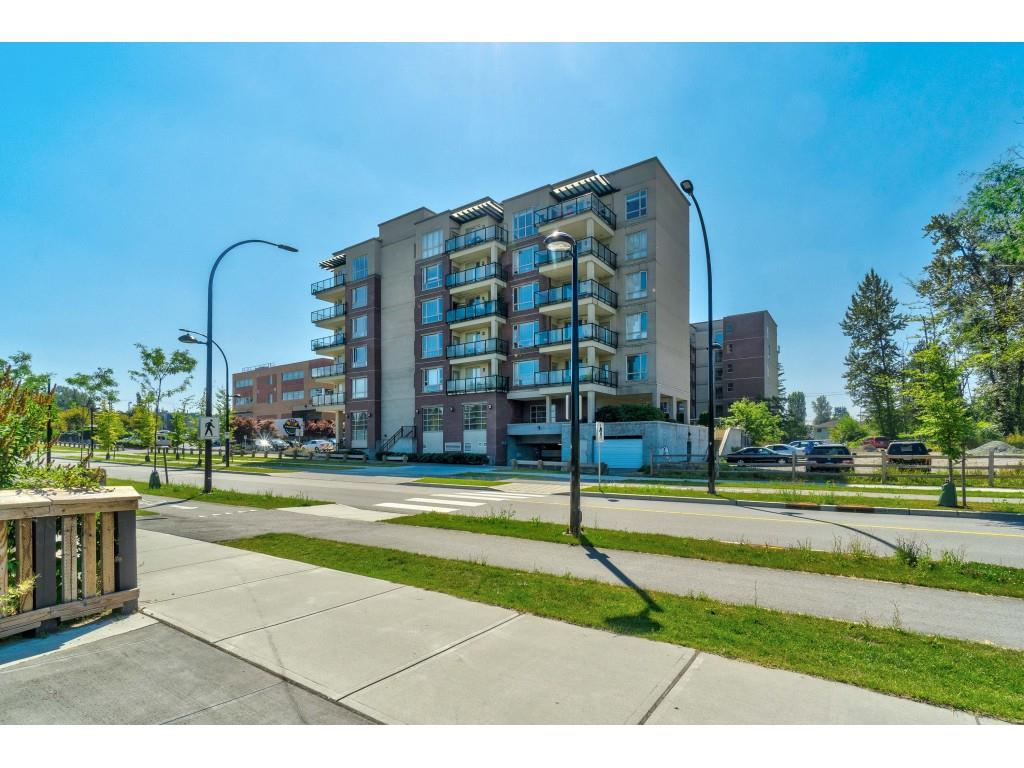 612 14333 104 AVENUE - Whalley Apartment/Condo for sale, 2 Bedrooms (R2508325)