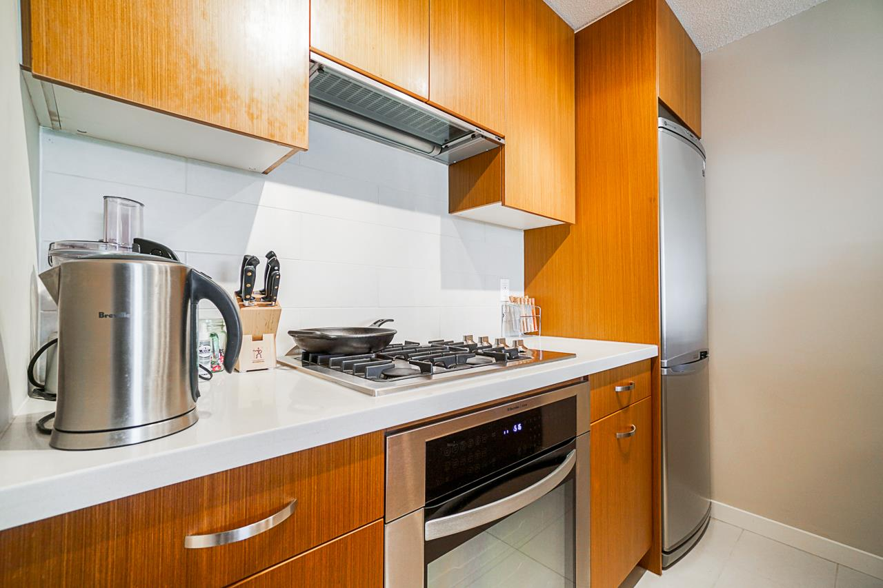 308 1185 THE HIGH STREET - North Coquitlam Apartment/Condo for sale, 1 Bedroom (R2508328) - #2
