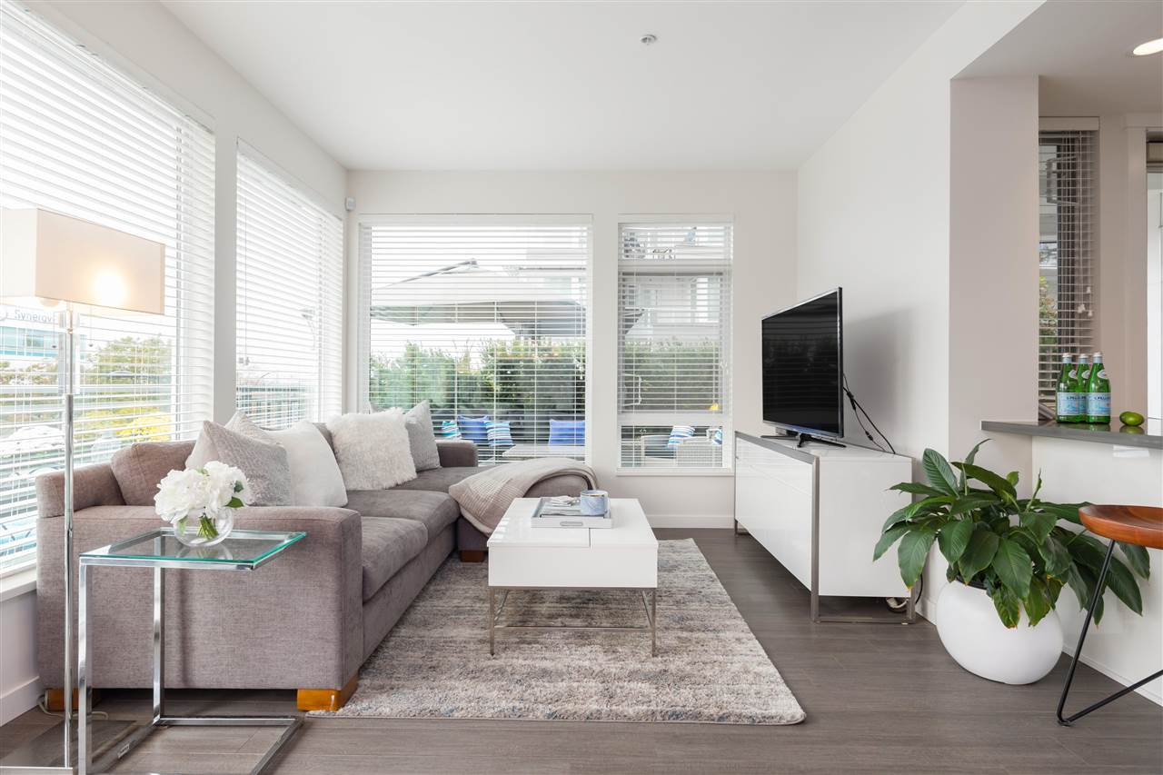 109 255 W 1ST STREET - Lower Lonsdale Apartment/Condo for sale, 2 Bedrooms (R2508512)
