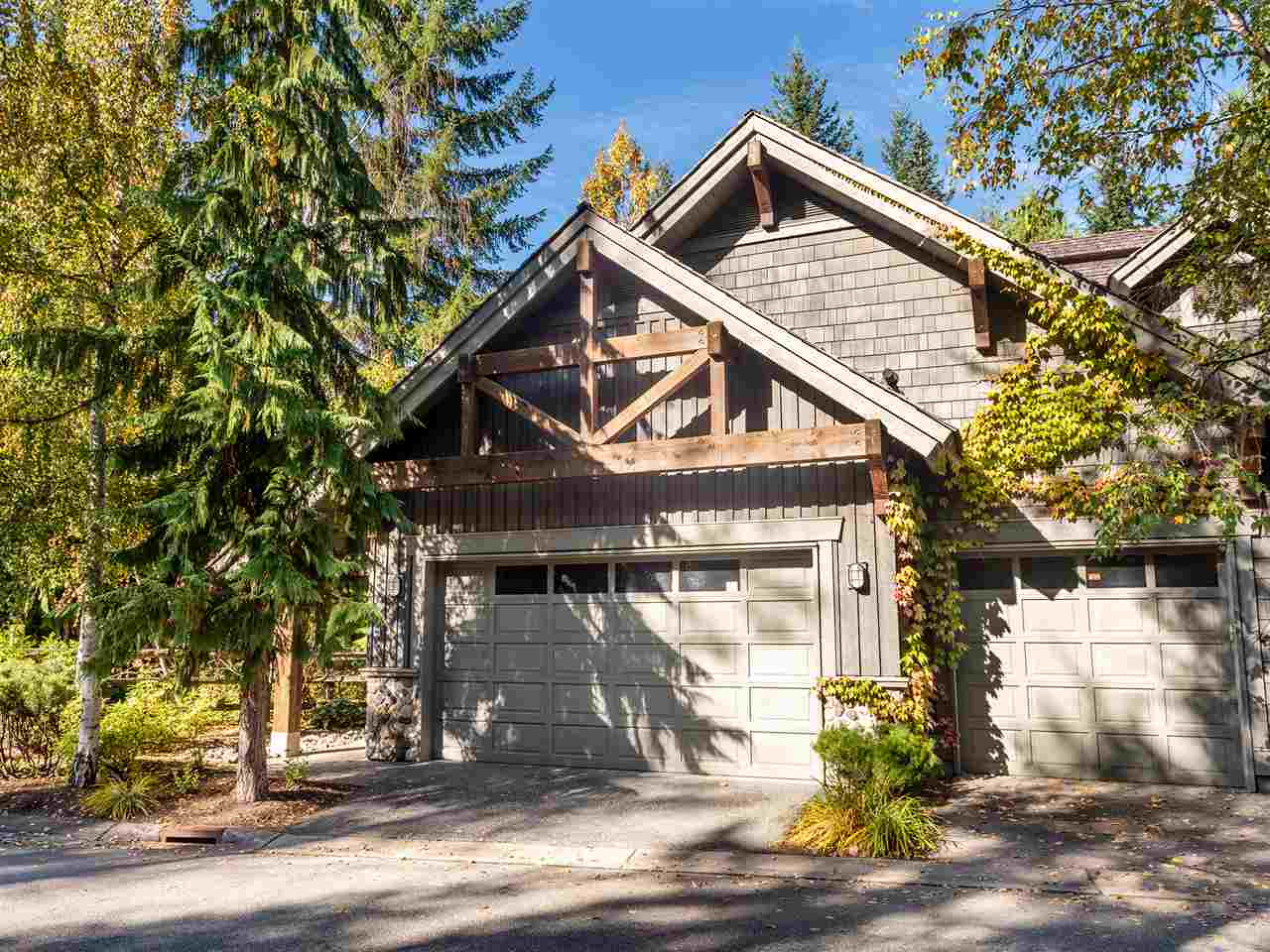 1 4668 BLACKCOMB WAY - Benchlands Townhouse for sale, 3 Bedrooms (R2508671)