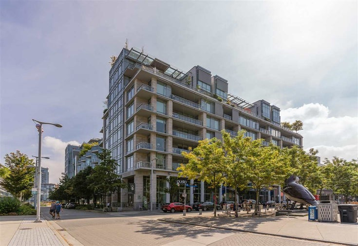 202 12 ATHLETES WAY - False Creek Apartment/Condo for sale, 1 Bedroom (R2508730)