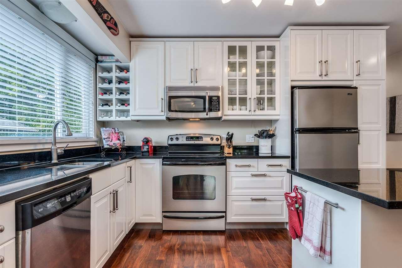 4 2535 W 6TH AVENUE - Kitsilano Townhouse for sale, 3 Bedrooms (R2509015) - #10
