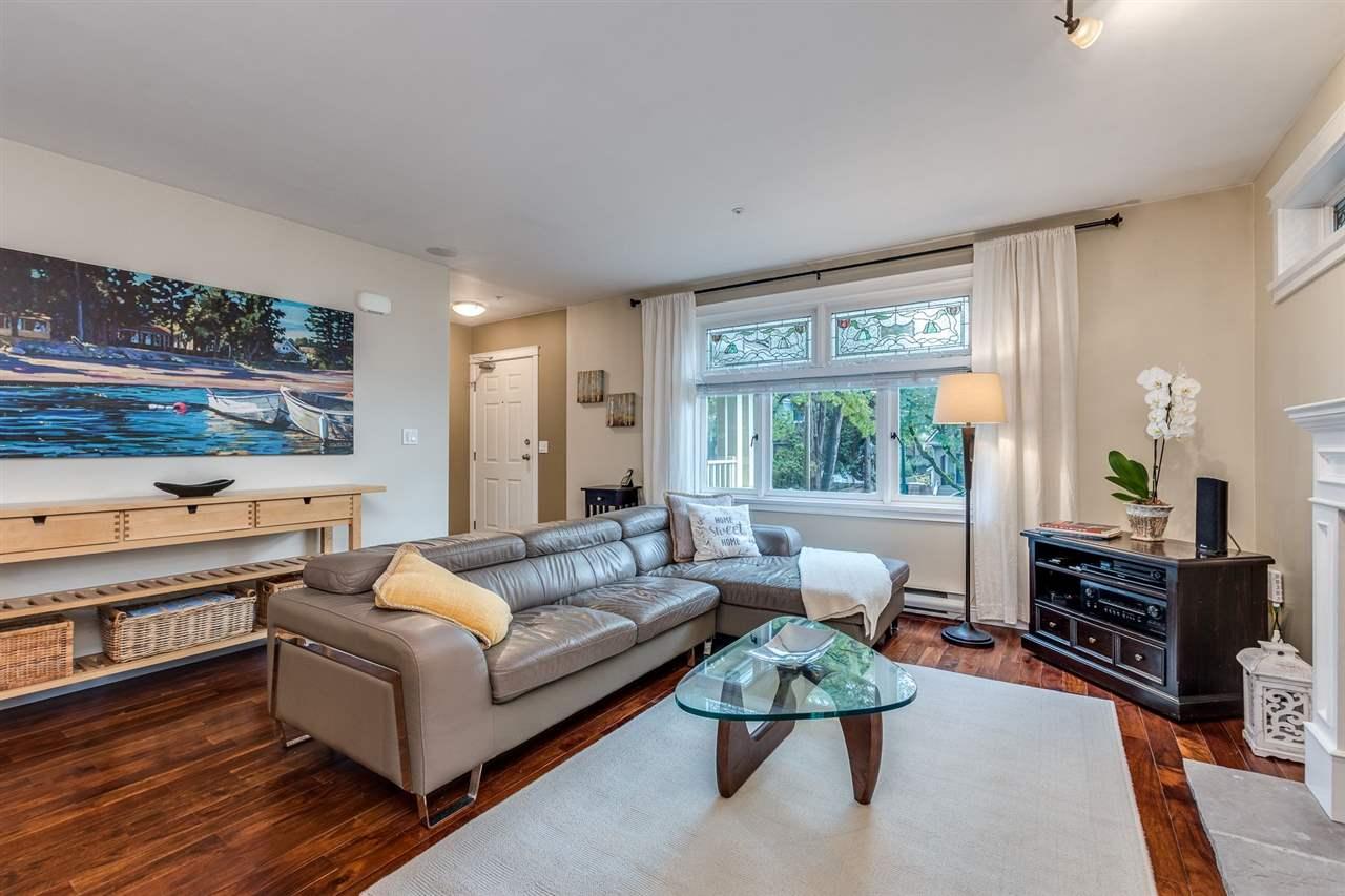 4 2535 W 6TH AVENUE - Kitsilano Townhouse for sale, 3 Bedrooms (R2509015) - #4
