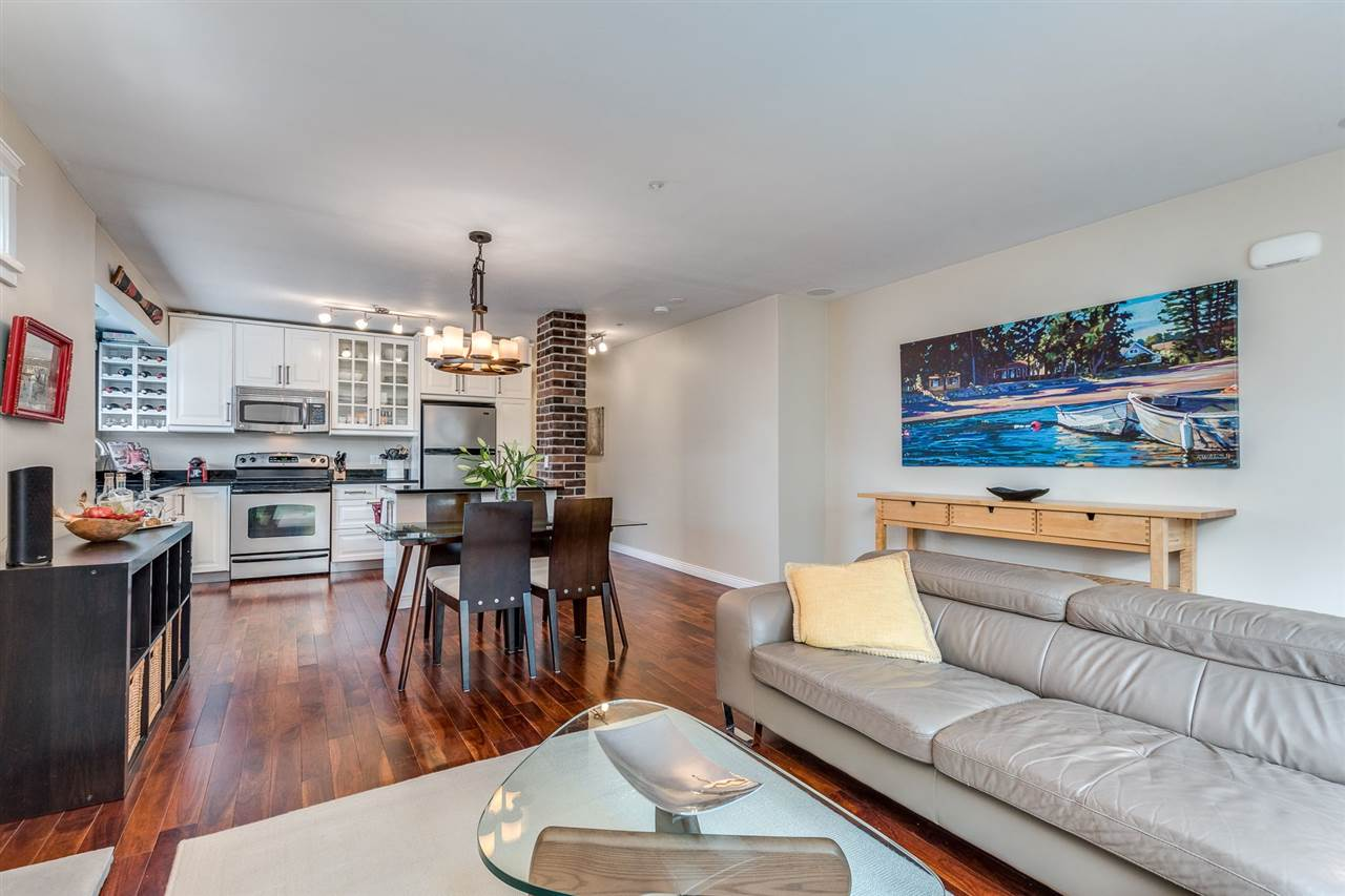 4 2535 W 6TH AVENUE - Kitsilano Townhouse for sale, 3 Bedrooms (R2509015) - #5