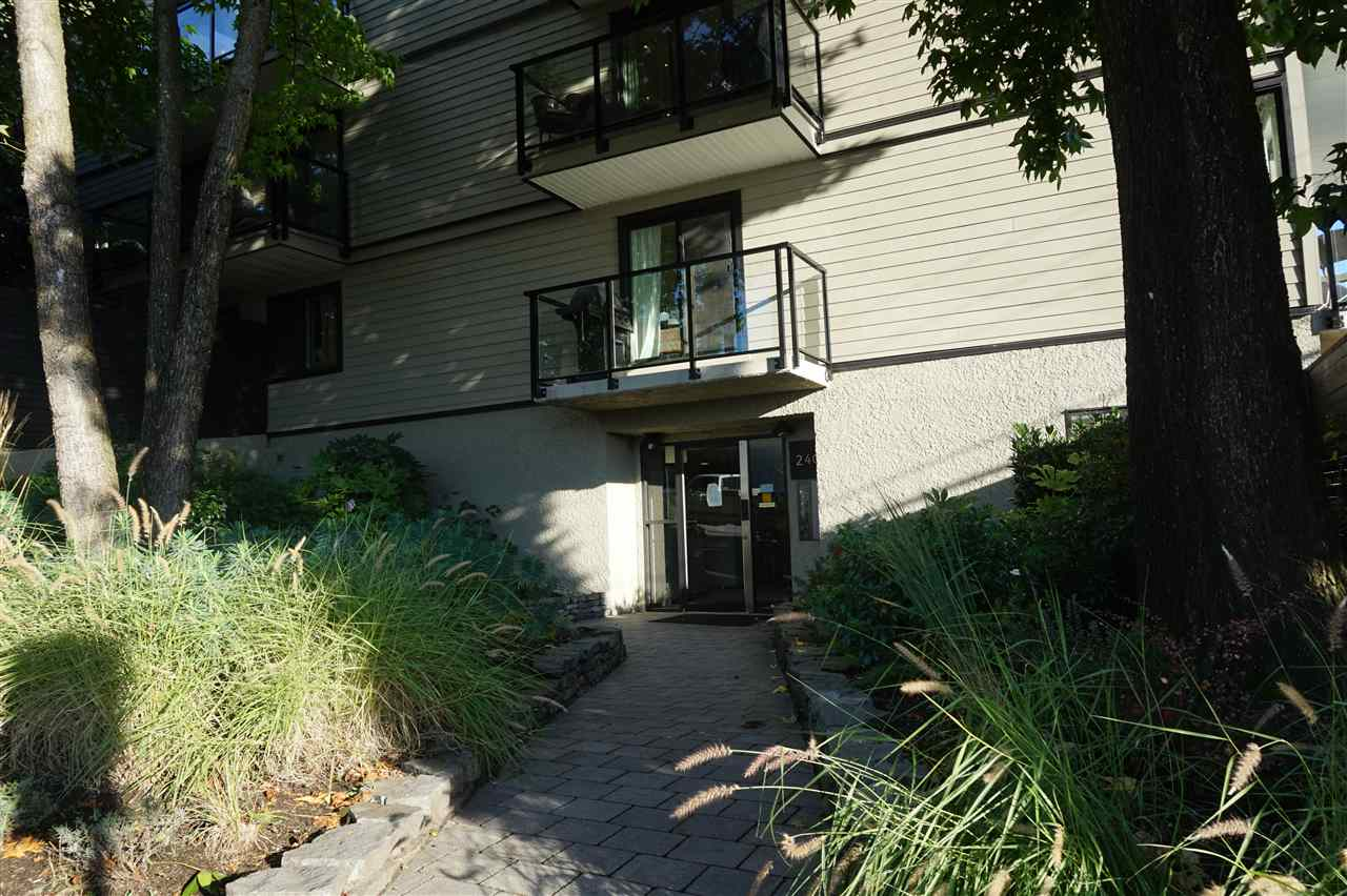 214 240 MAHON AVENUE - Lower Lonsdale Apartment/Condo for sale, 1 Bedroom (R2509040) - #2
