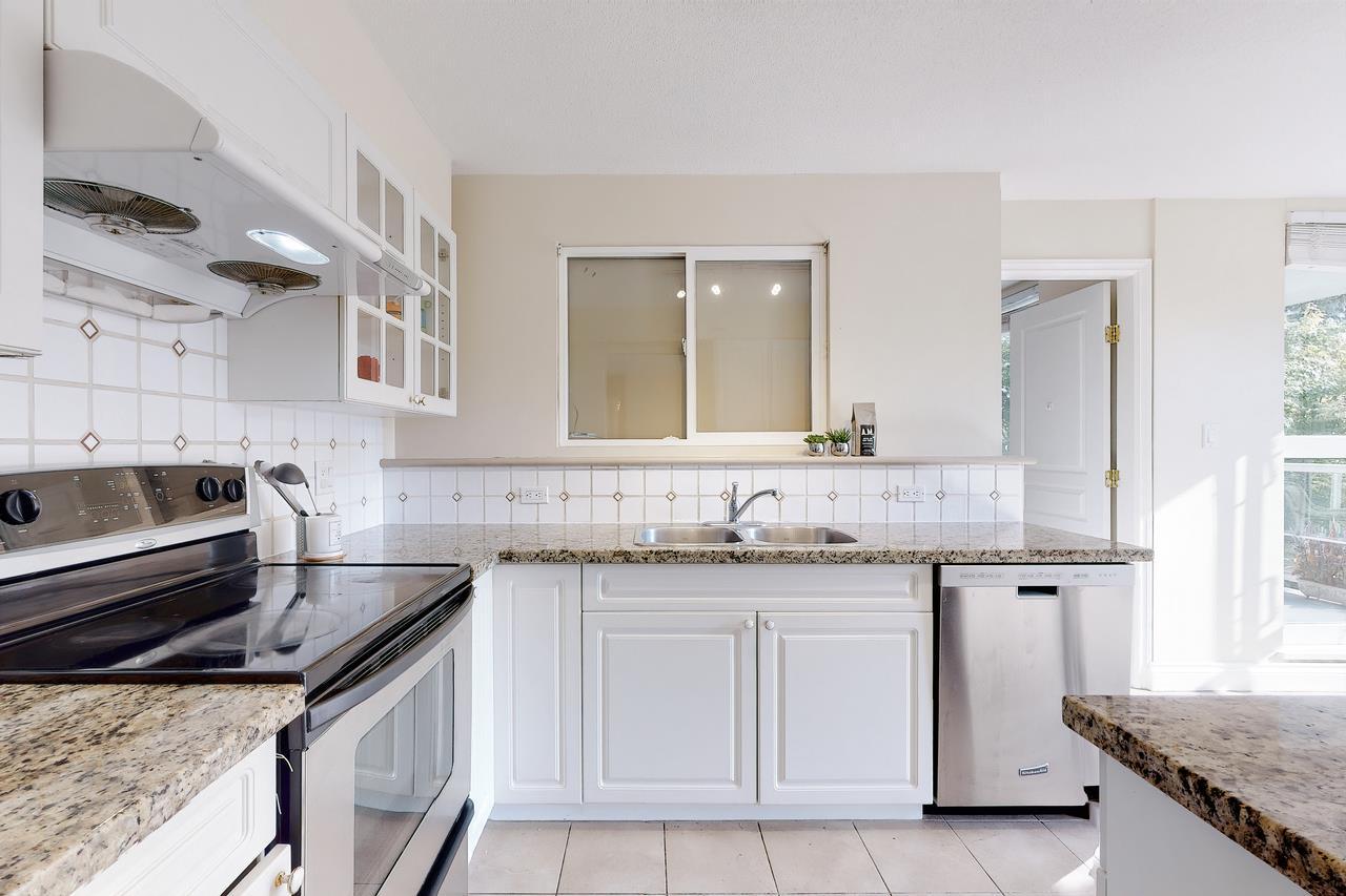 307 5615 HAMPTON PLACE - University VW Apartment/Condo for sale, 3 Bedrooms (R2509172) - #15